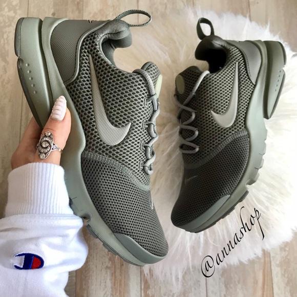 NWT Nike Presto fly d8d62c85da